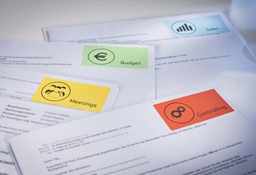 Цветные этикетки для документов